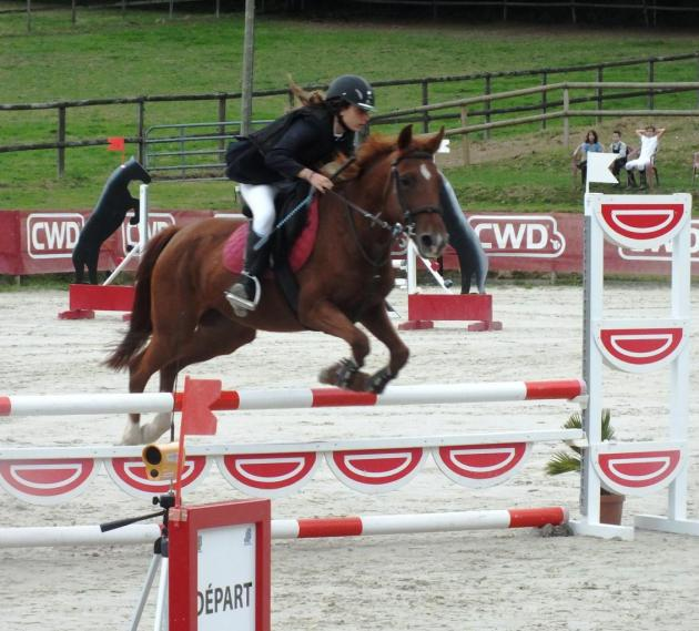 Céline et Nocturne 1ère CSO poney1