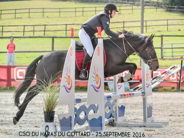 Mathilde et Rocky 1ère en CSO à Rogny les sept écluses 2016